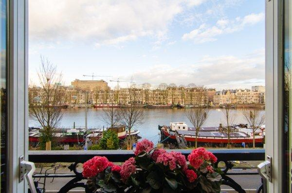 Amstel Riverview Bed and Coffee