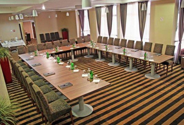 Balkan Garni Hotel