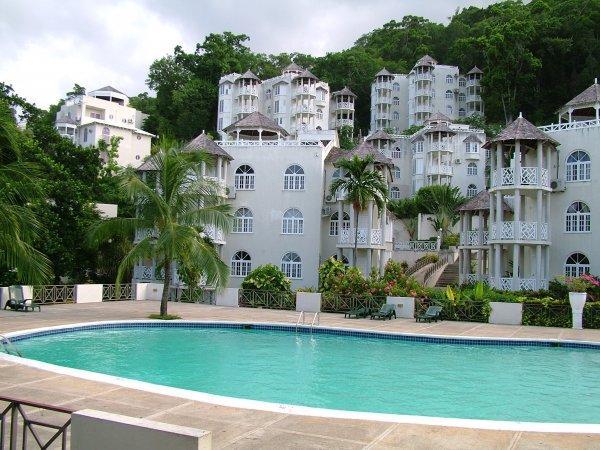 Skycastles Condominiums