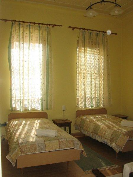 Chola Guest House