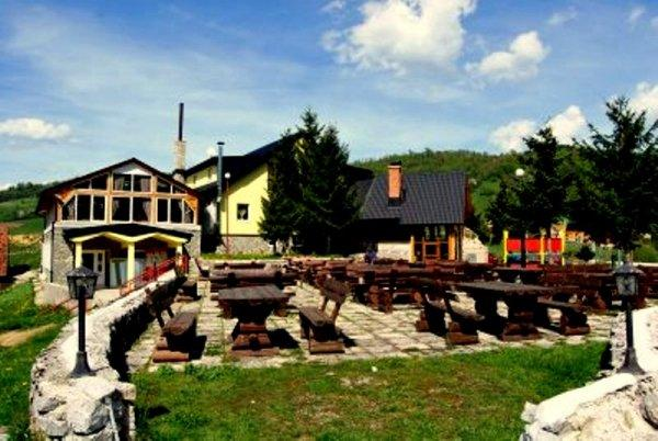 Ethno Village Babici and Hotel Rostovo