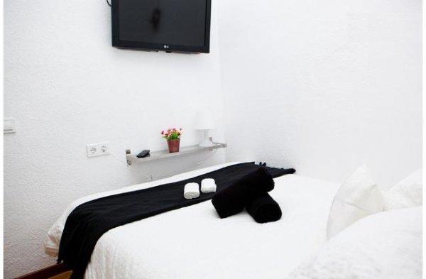 Microtel Apt Bauhaus Gran Via