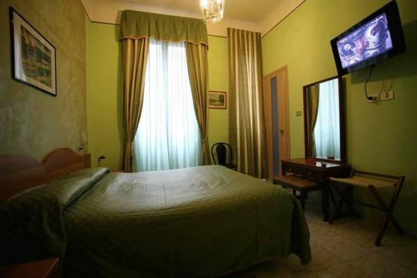 Hotel Piola