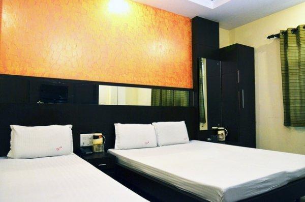 Hotel Golden Wings