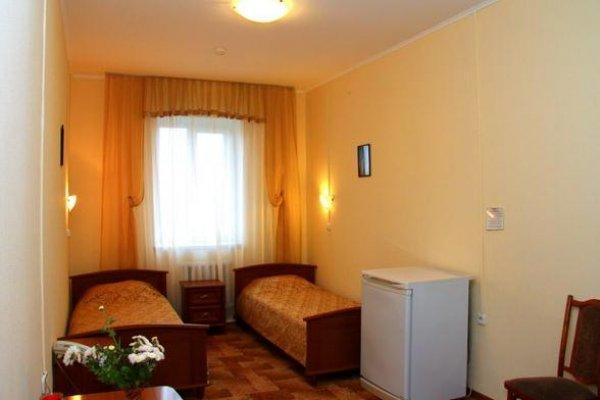 Yal Hotel