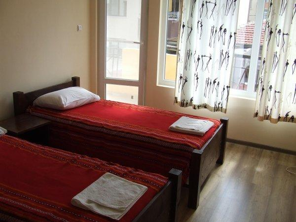 Asparuhov Guest Rooms
