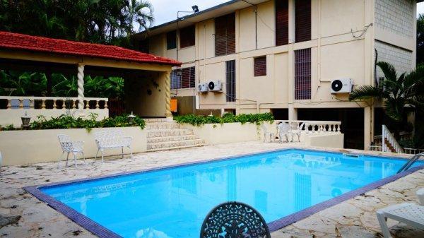 Villa Lauren