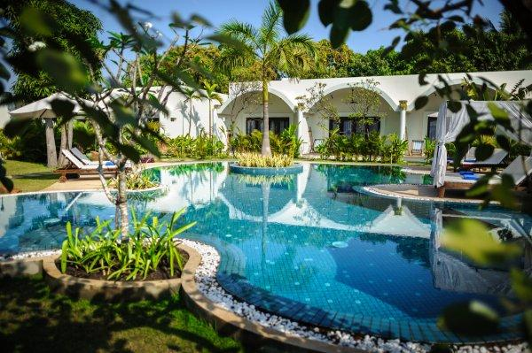 Navutu Dreams Resort and Spa