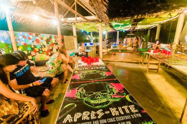 Hostal Jeepney  & Kite Resort