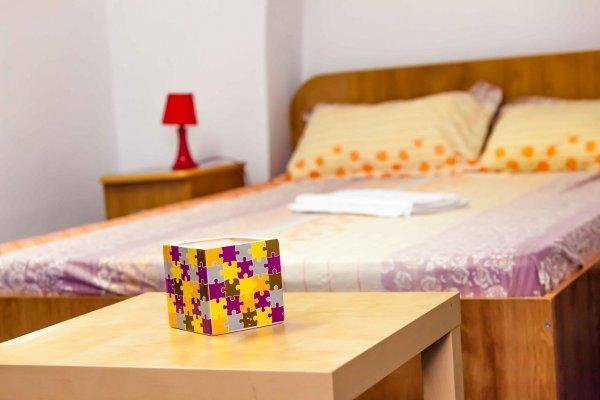 Hostal Puzzle  Bucharest