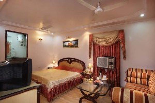 Hotel Mandakini