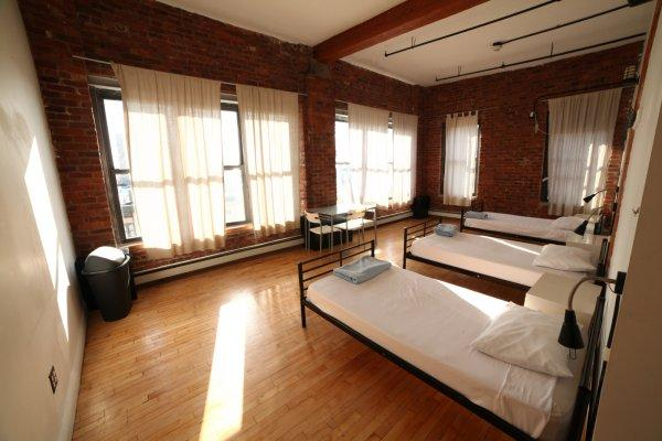 Hostal The New York Loft