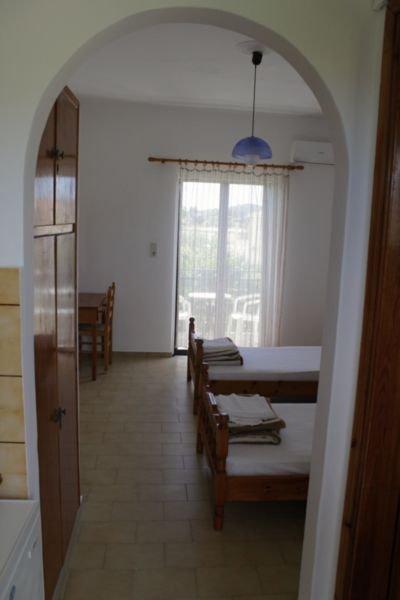 Spyros Apartments