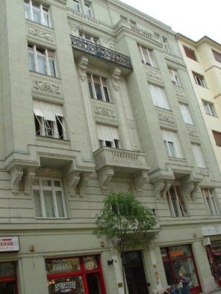 Hostal Diamond  and apartments