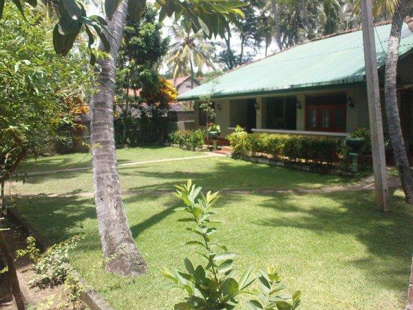 Sea View Tourist Inn