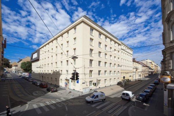 Hostal  & Guesthouse Kaiser 23