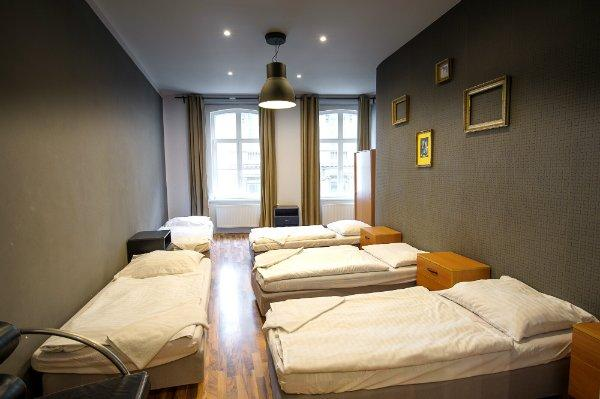 Euro Guesthouse