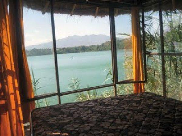 The Babogaya Lake Viewpoint Lodge