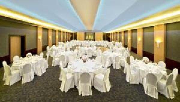 Coral Suites Al Hamra