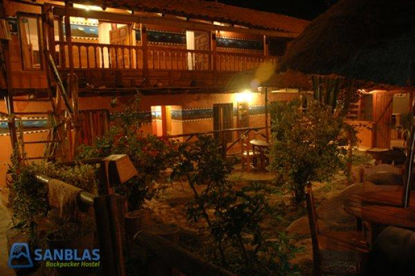 Hostal San Blas backpacker