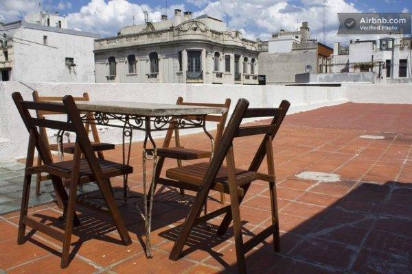 Hostal Montevideo Chic