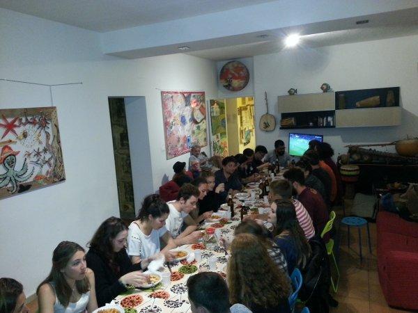 Hostal A Casa di Amici  & Guesthouse