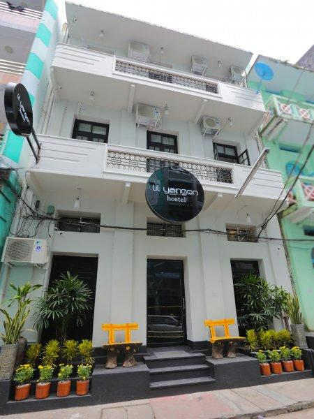 Hostal Little Yangon