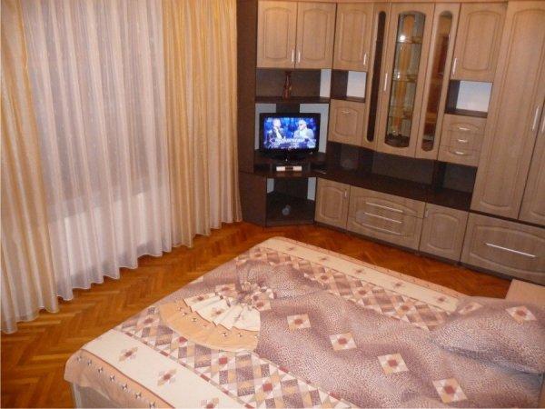 Famous Apartment 30