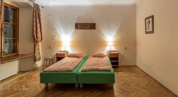 Hostal Cracow