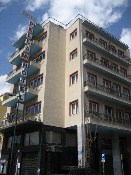 Hostal Pella Inn