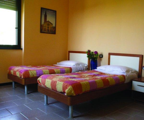 Hostal Ostello di Piacenza - Don Zermani