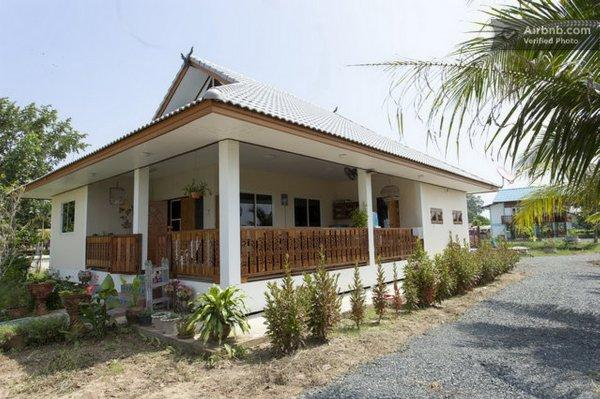Lha's Place Homestay, Bed and Breakfast