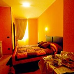 Hostales y Albergues - Memole Inn Sanremo