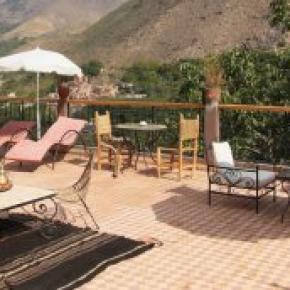 Hostales y Albergues - Dar Adrar