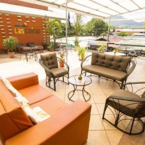 Hostales y Albergues - Hotel Las Colinas