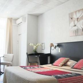 Hostales y Albergues - Hotel Helvétique Nice