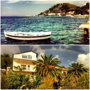 Hostales y Albergues - Hostal Adria