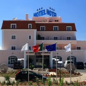 Hostales y Albergues - Caldas Internacional Hotel