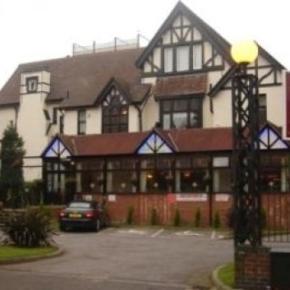 Hostales y Albergues - Amblehurst Hotel