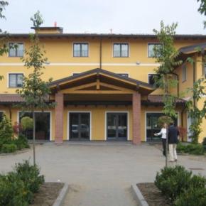 Hostales y Albergues - Hotel Del Parco