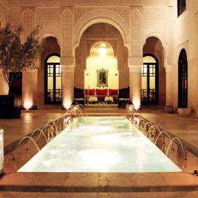 Hostales y Albergues - Riad Fes