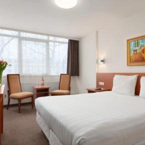 Hostales y Albergues - Hotel Slotania