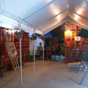 Hostales y Albergues - Hostal Manutara