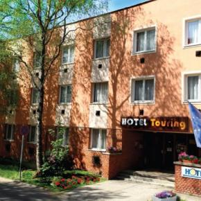 Hostales y Albergues - Hotel Touring