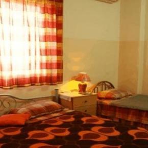 Hostales y Albergues - Farah Hotel