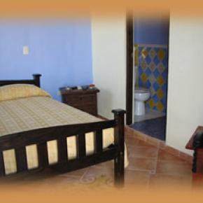 Hostales y Albergues - Hotel Dona Elvira