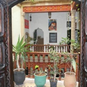 Hostales y Albergues - Riad Chakir Mogador
