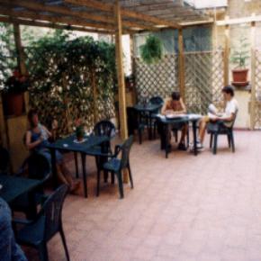 Hostales y Albergues - Hostal Fiesta Terrace
