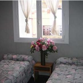 Hostales y Albergues - Hotel Marial