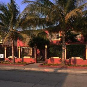 Hostales y Albergues - Hostel Nucapacha